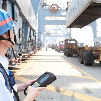 Порт Шанхай третий месяц подряд фиксирует положительную динамику контейнерооборота