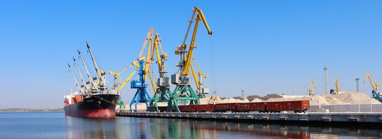 Порт «Ольвия» сократил грузооборот на 30% в январе-мае