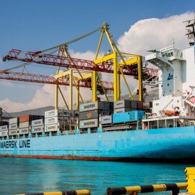 Maersk прекращает доставку иранских контейнеров