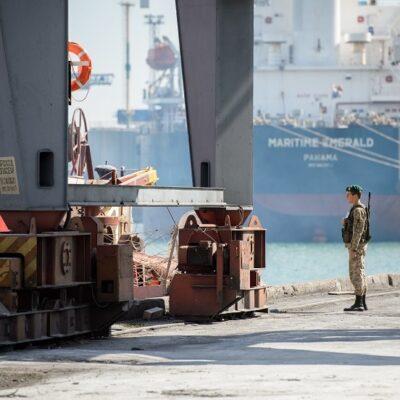 В Николаевском порту на судне снова обнаружили гвинейских нелегалов