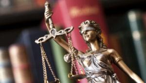 Дело о незаконном увольнении капитана Николаевского порта рассмотрит Верховный Суд
