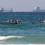Иранскую нефть продают из танкеров прямо в море. Борт в борт
