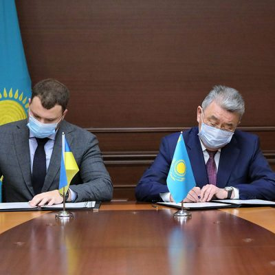 Украина и Казахстан введут цифровые разрешения на автоперевозки — МИУ