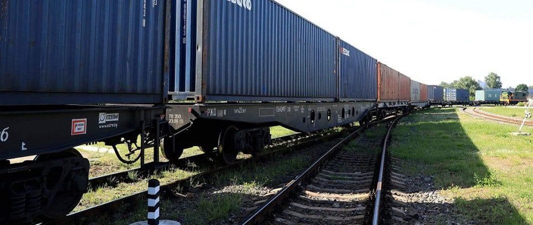 «Укрзализныця» в 2020 году приняла 22 контейнерных поезда из Китая
