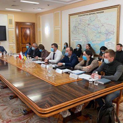 Польша должна прекратить ограничение транзита для украинских перевозчиков — Криклий