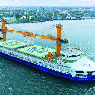 Плавкран Nibulon Maх за год отгрузил на экспорт 2,5 млн тонн агропродукции