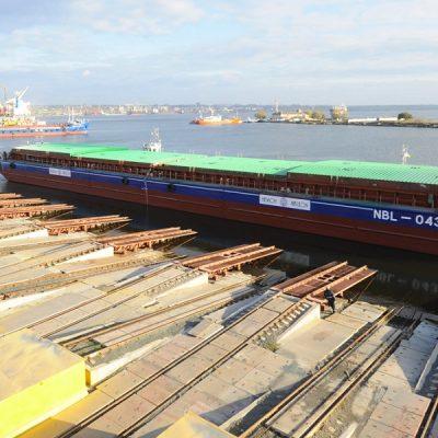Верфь «Нибулона» спустила на воду пятую баржу проекта NBL-91