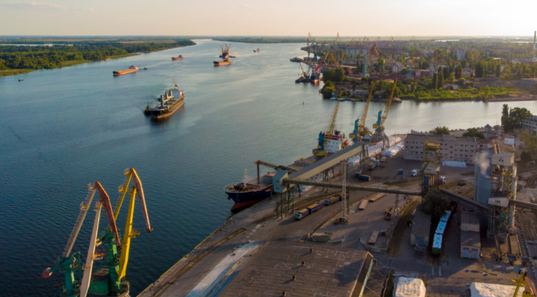 Порт Херсон уменьшил грузооборот на четверть в 2020 году