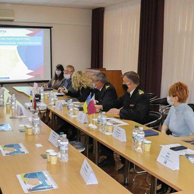 В порту «Ольвия» обсудили развитие подъездных путей в связи с концессией