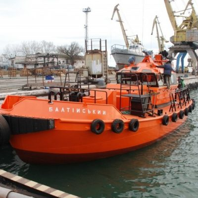 АСРЗ отремонтировал лоцманский катер «Балтийский»