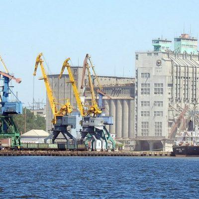 Порт Николаев сократил грузооборот на 17% в первом полугодии