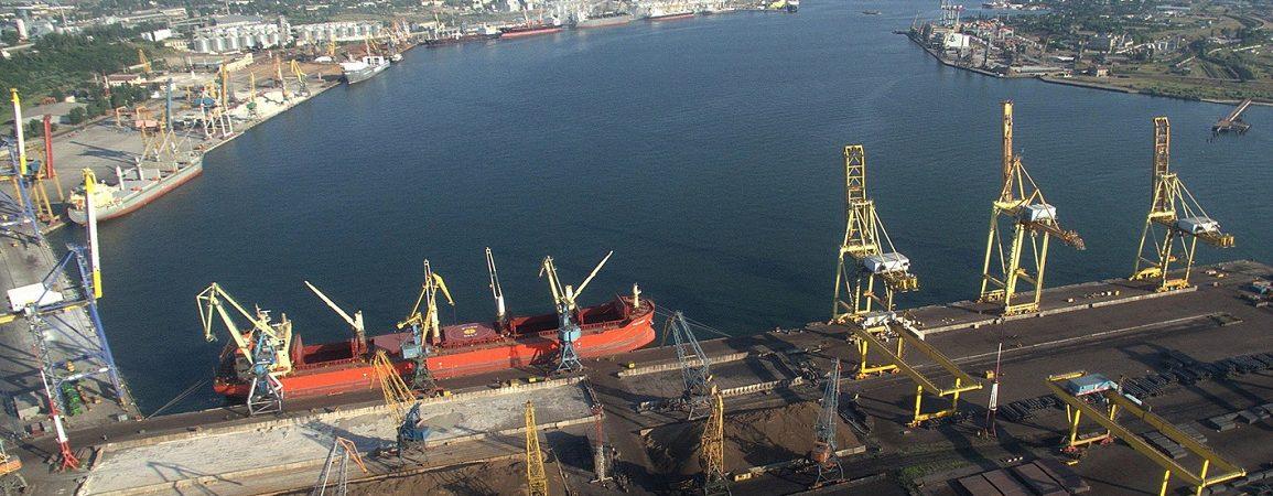 Порт Черноморск побил рекорд суточной перевалки
