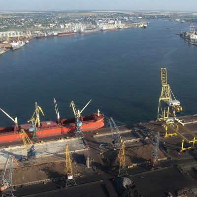 Порт Черноморск установил рекорд суточной перевалки