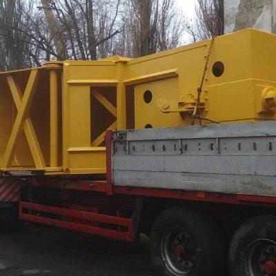 АСРЗ изготовил три 17-тонных колпаковых грейфера