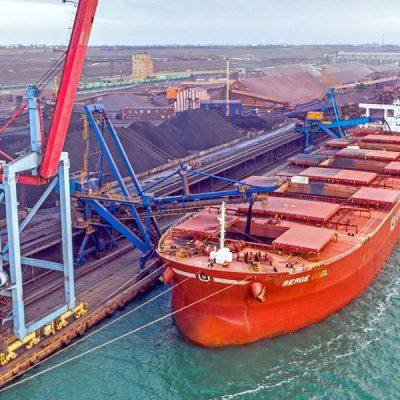 Порт «Пивденный» впервые достиг грузооборота 60 млн тонн