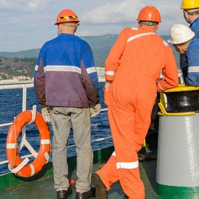 Судовладельцы и профсоюзы провалили переговоры о минимальной зарплате моряков