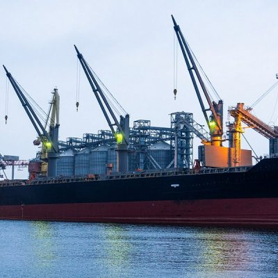 Kadorr Agro отгрузила первый панамакс из Одесского порта