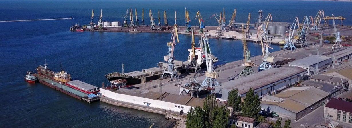 Порт Бердянск сократил грузооборот на треть в январе-августе