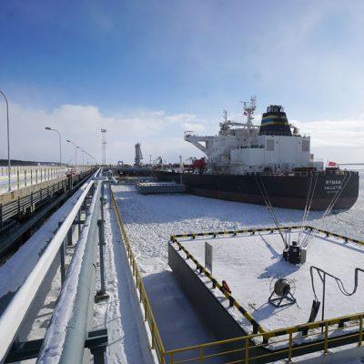 Беларусь рассмотрит варианты поставок нефтепродуктов через порты РФ