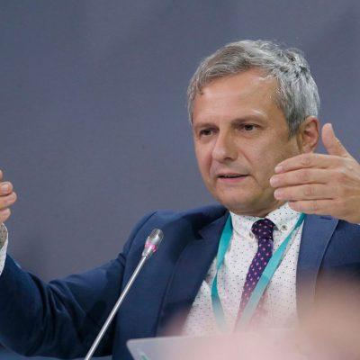 Украинская экономика перейдет к росту в 2021 году — советник Президента