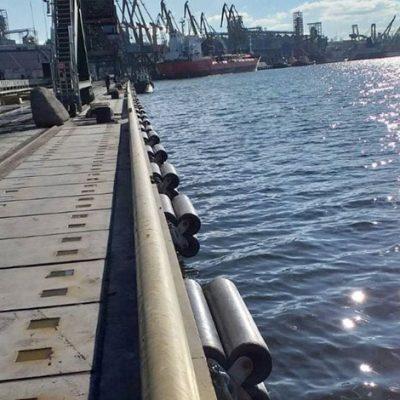 Николаевский порт завершил ремонт причала №10