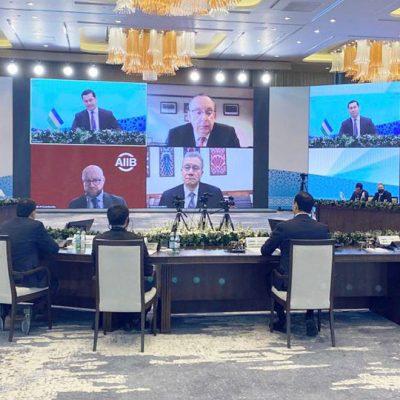 Узбекистан получит выход к портам Пакистана по железной дороге
