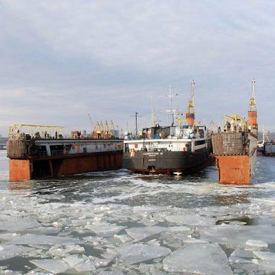 Работа АСРЗ заблокирована из-за неуплаты счета за освидетельствование причалов Регистром судоходства — Морская администрация