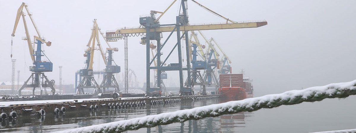 Морпорты потеряли более четверти грузооборота в январе