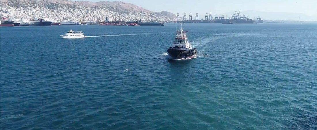 Порт Пирей готовится двухдневной к забастовке буксиров
