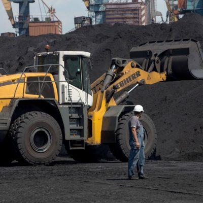 Два балкера доставят американский уголь для ДТЭК