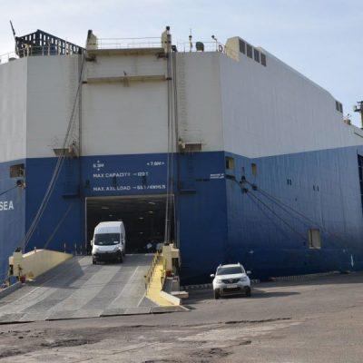 Мультимодальный терминал порта Черноморск обработал ролкер с 2,8 тыс. автомобилей
