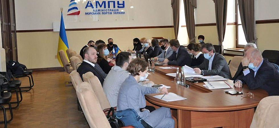 АМПУ ожидает снижения портовых сборов после утверждения методики их начисления
