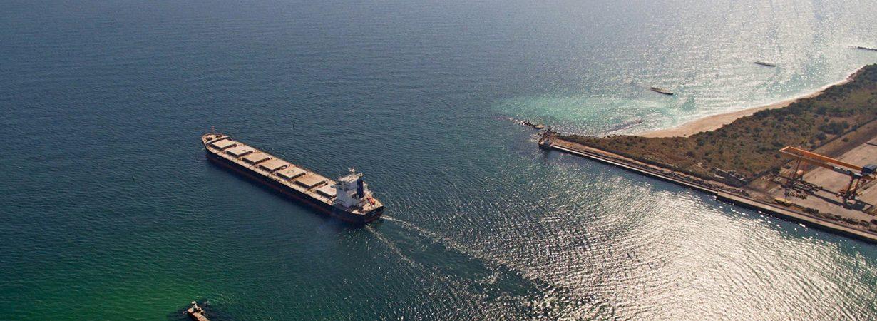 Порт Черноморск установил рекорд грузооборота за сутки