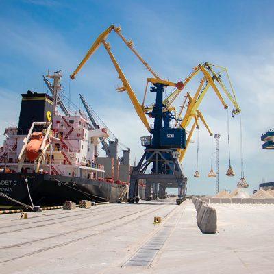 Морпорты сократили грузооборот на 20% в первом квартале