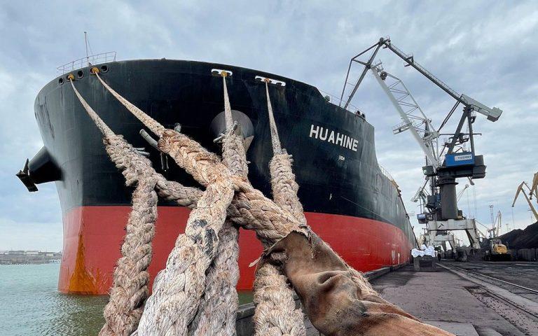 Морпорты сократили количество обработанных судов на 10% в январе-мае