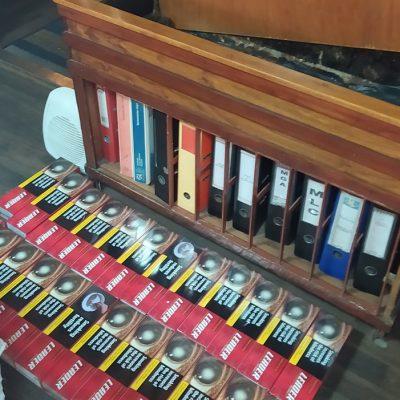 Таможенники обнаружили контрабандные сигареты в каюте прибывшего из Греции капитана