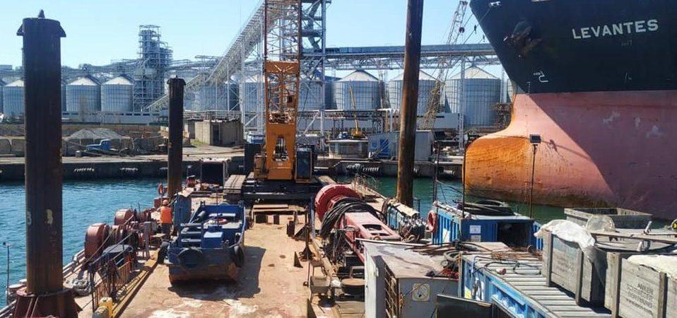 В порту «Черноморск» стартовало строительство двустороннего пирса Risoil
