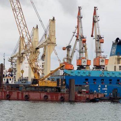 Строительство пирса «Рисоил Терминала» в порту Черноморск приостановлено из-за заблокированного причала