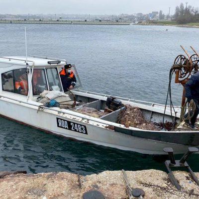 Захваченные ФСБ рыбаки вернулись в Очаков