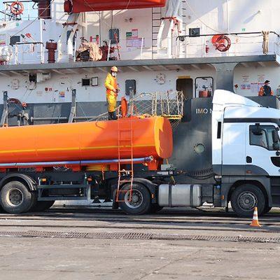 Порт «Ольвия» начал самостоятельно принимать жидкие отходы с судов