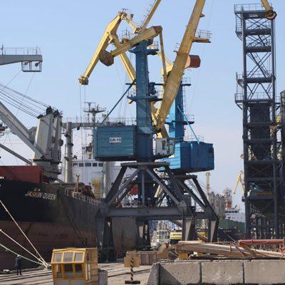 Госстивидор ММТП обработал более 500 тыс. тонн грузов с начала месяца