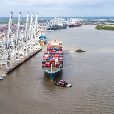 Байден подписал затрагивающий контейнерные перевозки указ об усилении конкуренции