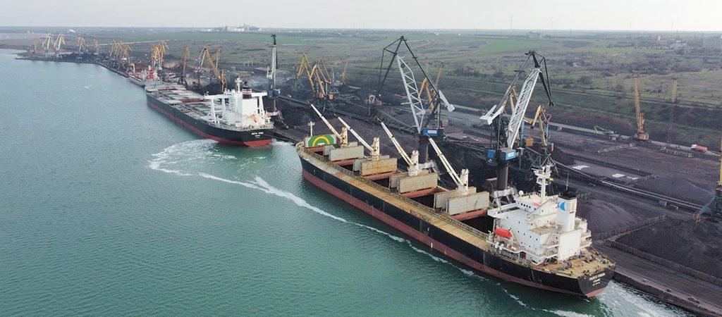 Порт «Пивденный» сократил грузооборот на 22% в январе-мае