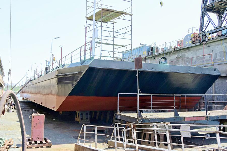 ИСРЗ отремонтировал плавучий причал для порта Черноморск