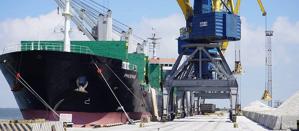 Порт Мариуполь увеличил грузооборот на 4% в первом полугодии