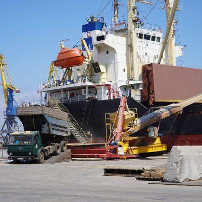 Экспорт зерна отстает на 22% от графика прошлого сезона