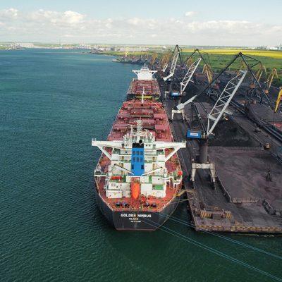 Судозаходы: пятерка крупнейших судов порта «Пивденный» в мае