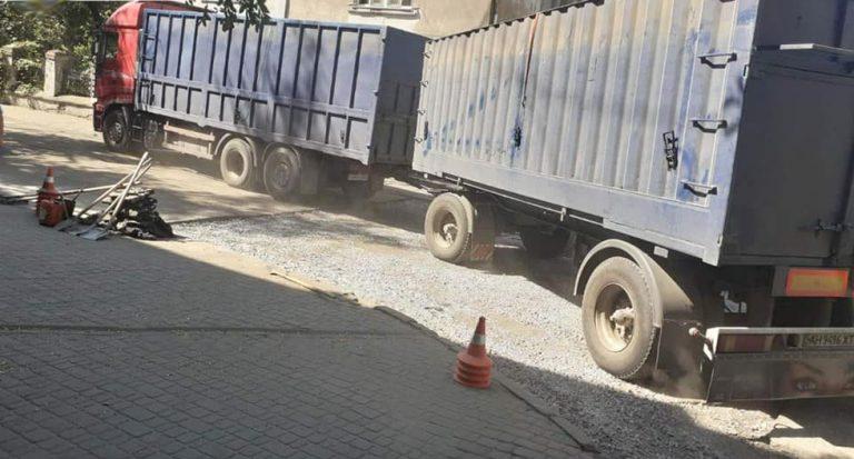 В Херсоне ограничили въезд грузовиков в дневное время
