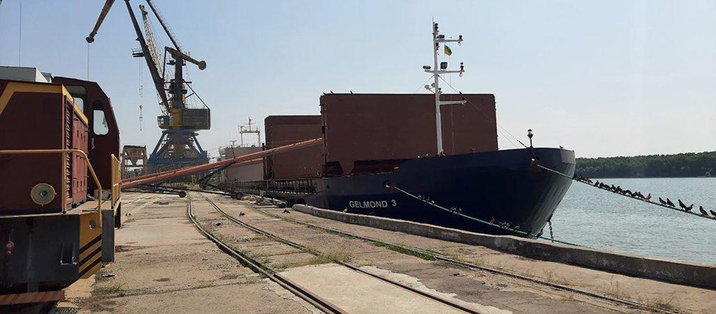 Ренийский порт начал перегрузку зерна нового урожая