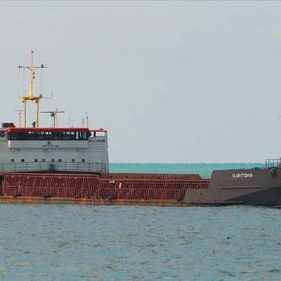 Госстивидор «Черноморск» разгружает два судна на первом грузовом районе